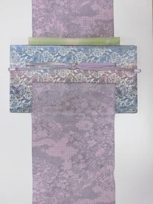 ピンクパープル花柄小紋と青ピンクレース袋帯